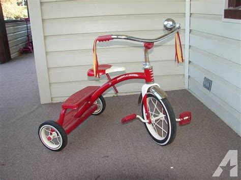 classic radio flyer dual deck tricycle slightly