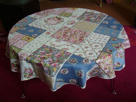 faire une nappe ronde nappe en coton imprim 233 patchwork les chiffons de pupuce