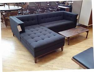 Sectional sleeper sofa for small spaces images 04 small for Mini sectional sleeper sofa