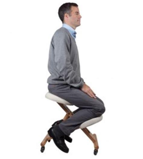chaise bureau mal de dos siège ergonomique assis genoux évitez le mal de dos sur