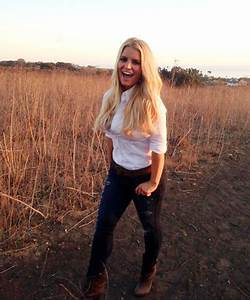 """Jessica Simpson flaunts slim """"post-baby"""" body for Weight ..."""