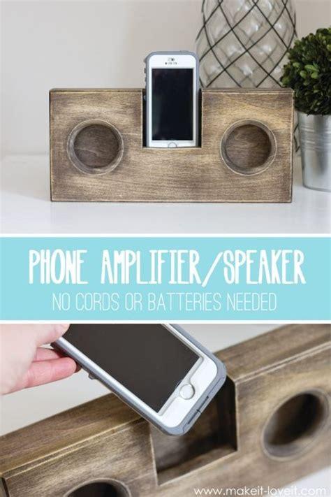 wooden phone amplifierspeaker  cord  batteries