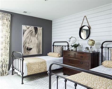 25+ Best Ideas About Vintage Industrial Bedroom On