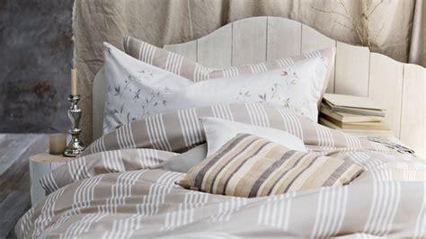 camas de madera disfruta descansando  westwing