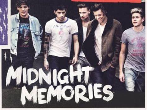 One Direction Releases 'midnight Memories' Album Art
