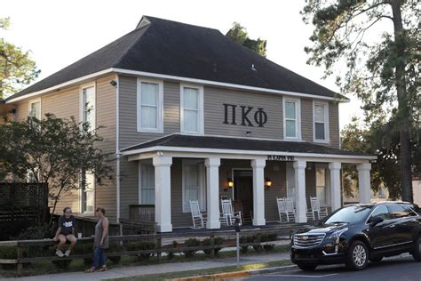 fsu frat houses florida state halts fraternity activities after student s
