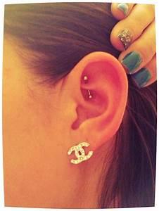 Rook Piercing | ~CUTE PIERCINGS~ | Pinterest | Cute ...
