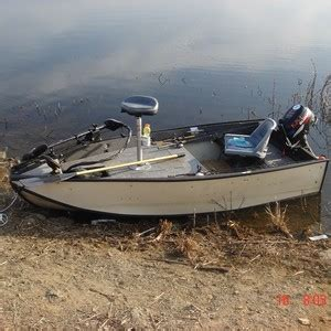 Small Bass Boats by Small Bass Fishing Boat Www Pixshark Images