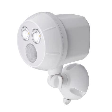 battery operated outdoor motion sensor light mr beams 400 lumen outdoor white weatherproof wireless