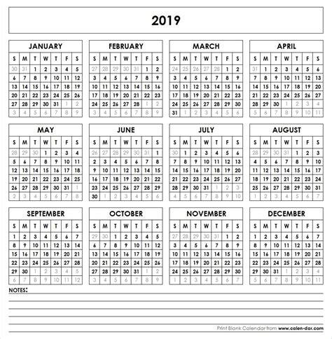 printable calendar  year   glance printable