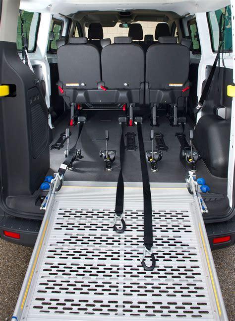 transittourneo custom caradap adaptacion de vehiculos