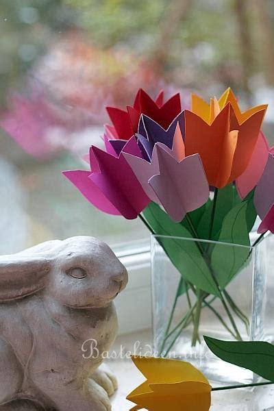 frühlingsbasteln mit kleinkindern fr 252 hlingsbasteln mit kindern tulpen aus papier