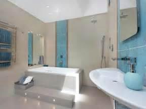 badewanne fliesen ideen badewanne einfliesen badewanne einbauen und verkleiden