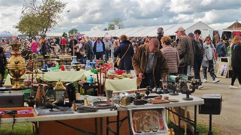 Peterborough Festival Of Antiques Antique Furniture Parts Suppliers Show Portland Expo Looking Ring Settings Ship S Lights Uk Wrought Iron Birdcage Chandelier Oriental Carpets Bedside Tables Melbourne Oak Wall Shelves