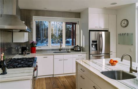 White Cupboards With Stainless Steel Appliances by 34 Gorgeous Kitchens With Stainless Steel Appliances