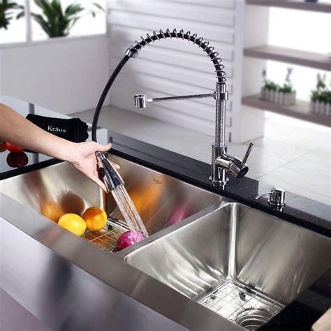 Kraus Farmhouse 60/40 Double Bowl Kitchen Sink and Chrome