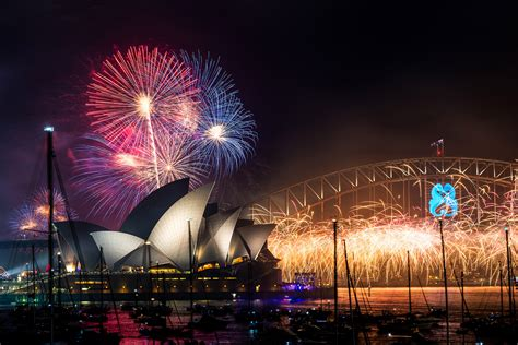 A Look at How New Year's Eve Is Celebrated Around the ...