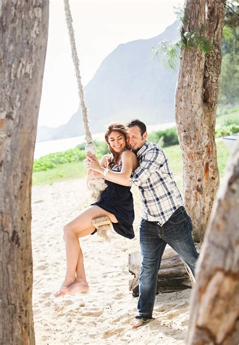 couples swing photography of a wedding at waimanalo