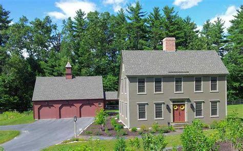 color barn house saltbox colonial exterior trim siding