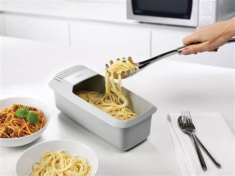 cuisine joseph naczynie do gotowania makaronu w kuchence mikrofalowej m cuisine joseph joseph sklep