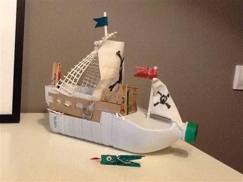 Barco Pirata Reciclado by Barco Pirata Con Material Reciclado Cosas De Mam 225 S Y Peques