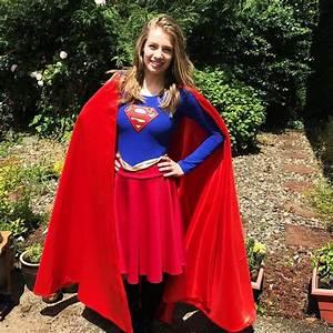 Kostüm Superhelden Damen : die besten 25 supergirl kost m ideen auf pinterest supergirl kost me superman kost m und ~ Frokenaadalensverden.com Haus und Dekorationen