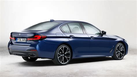 Detailed specs and features for the 2021 bmw 5 series including dimensions, horsepower, engine, capacity, fuel economy, transmission, engine type, cylinders, drivetrain and more. 2021-BMW-5-series-facelift-LCI-1   Arabs Auto