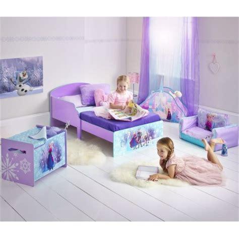 amenager chambre pour 2 filles reine des neiges frozen meubles chambre fille lit