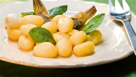 cuisiner artichaut poivrade gnocchis de pomme de terre aux artichauts poivrade par