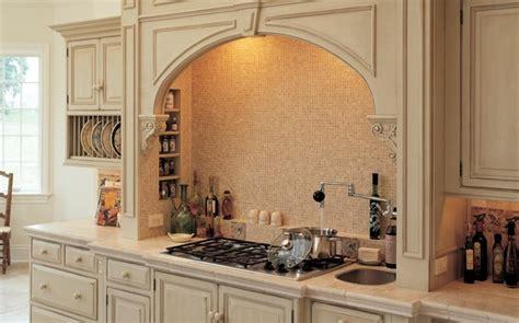 traditional italian kitchen design dise 241 os de cocinas italianas refinadas 25 im 225 genes 6327
