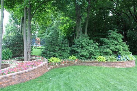 landscaping screens evergreen screen traditional landscape grand rapids by arcadia gardens llc