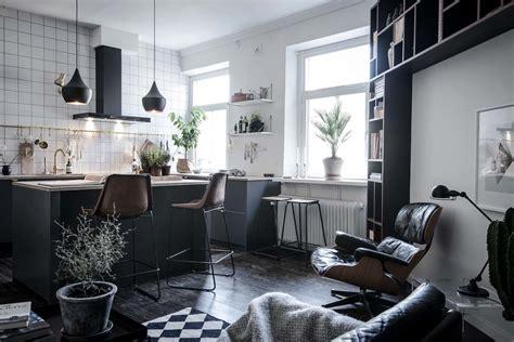 Funktionale Zimmereinrichtung Kleiner Wohnung by Design Wohnung Mit Schwarzen Akzenten Designs2love