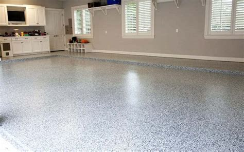 How to Choose a Clear Coat for Garage Floor Coatings   All
