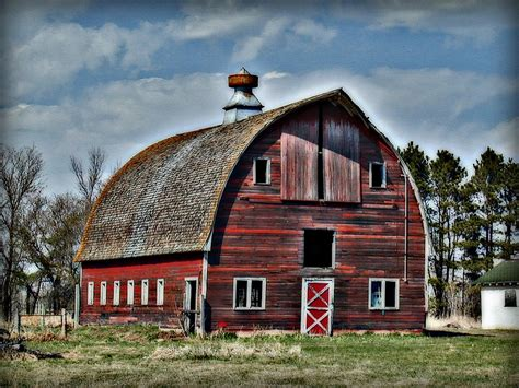Old Red Barn With Cupola Photograph By Laurie With