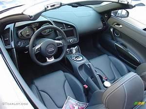 2011 Audi R8 Spyder interior | GTCarLot.com
