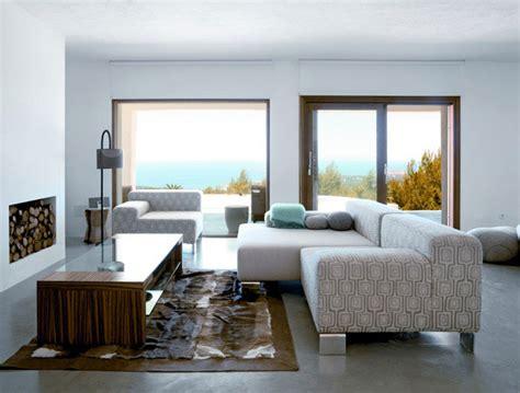 modern deserted beach house interiorzine
