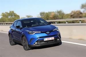 Essai Toyota Auris Hybride 2017 : essai toyota c hr vvt i hybrid graphic 2017 auto mag la passion automobile online ~ Gottalentnigeria.com Avis de Voitures