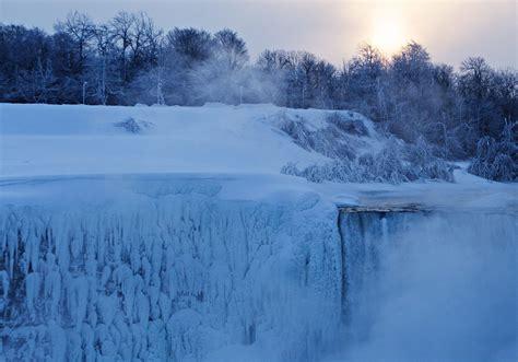 niagara falls web the almost frozen niagara falls