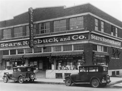 The Stylish History Of American Retail Stores