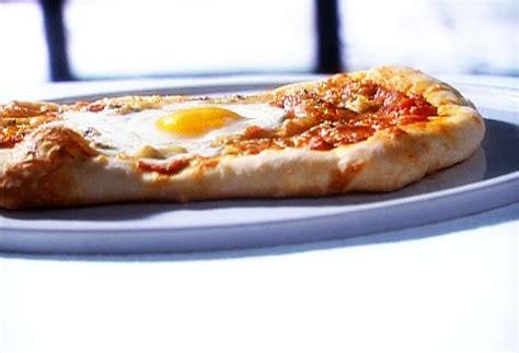 pizza 224 l oeuf par jos 233 e di stasio di stasio t 233 l 233 qu 233 bec