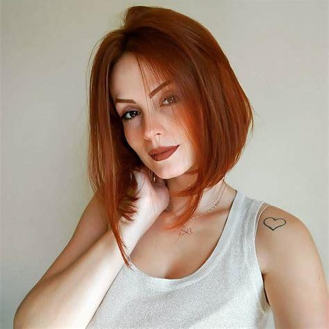 10 Classic Shoulder Length Haircut Ideas Red Alert