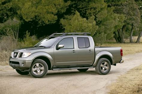 2005 Nissan Frontier Review, Ratings, Specs, Prices, And