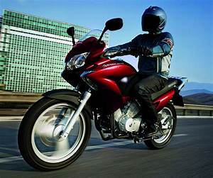 Fiche Moto 12 : honda 125 varadero xlv 2012 fiche moto motoplanete ~ Medecine-chirurgie-esthetiques.com Avis de Voitures