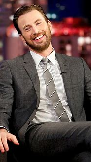 Chris Evans Doesn't Think He's Hot Because of This
