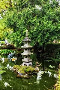 1001 conseils pratiques pour une deco de jardin zen With decoration bassin de jardin
