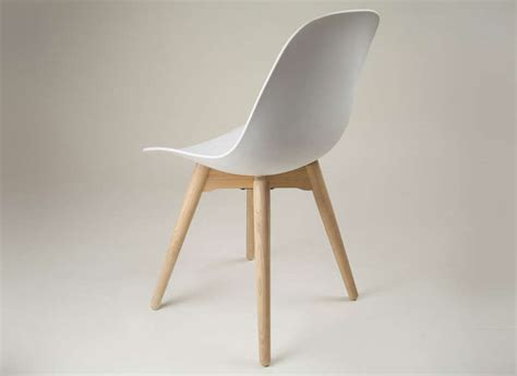 cuisine arrondi chaise scandinave blanche cramble