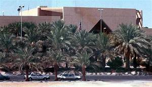 Saudi Arabia: US embassy shuts down over security fears