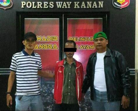 Kendaraan terdaftar di daerah kabupaten way kanan, lampung dan masuk ke dalam wilayah hukum daerah polda kabupaten way kanan 13. Warung 3S Kabupaten Way Kanan, Lampung : Lampung Traveller ...