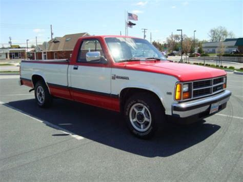 Purchase used 1987 Dodge Dakota LE, Long Bed, Beautiful