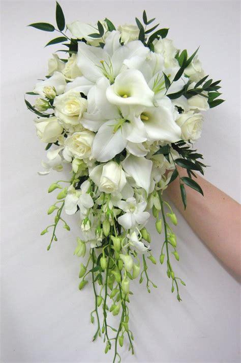 ideas  cascading bridal bouquets